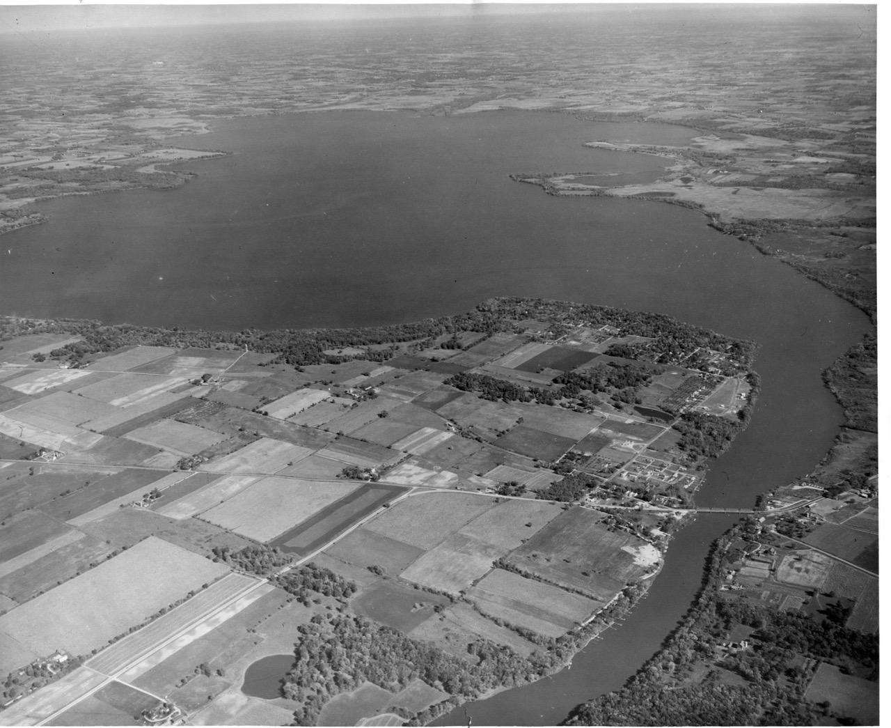 Newville before i 90 1954 tom sherman 1 rock for Lake koshkonong fishing report
